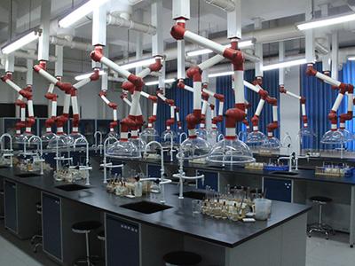北京王府外国语学校实验室