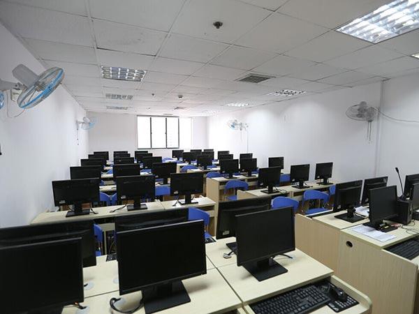 计算机教室 设计