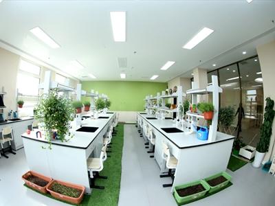 明诚生物实验室