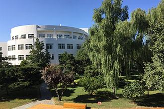 北师大亚太实验学校